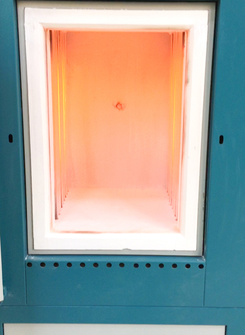 防腐蚀带排气口箱式炉